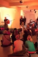 http://www.linoleum-club.de/files/gimgs/th-22_Vernissage_Bernhard_Zweibrot_005_v2.jpg